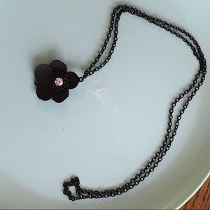 Jewelry - Black flower long necklace